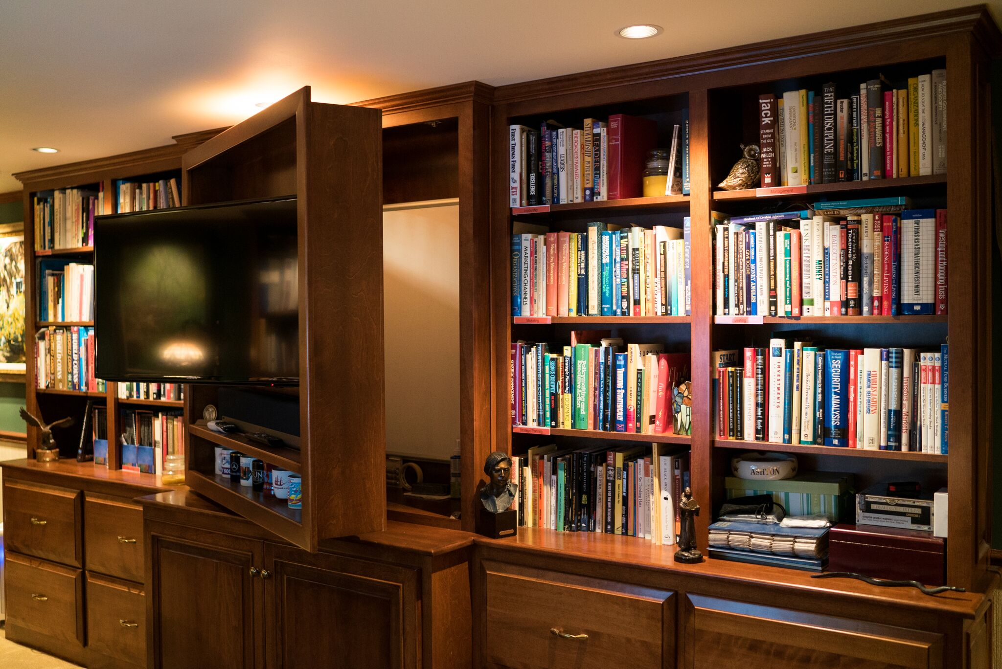 Mill Cabinet Shop Custom Designs, Builds And Installs Built In Bookshelves  To Suit Your Exact Parameters And Needs. Our On Site Production Shop In ...