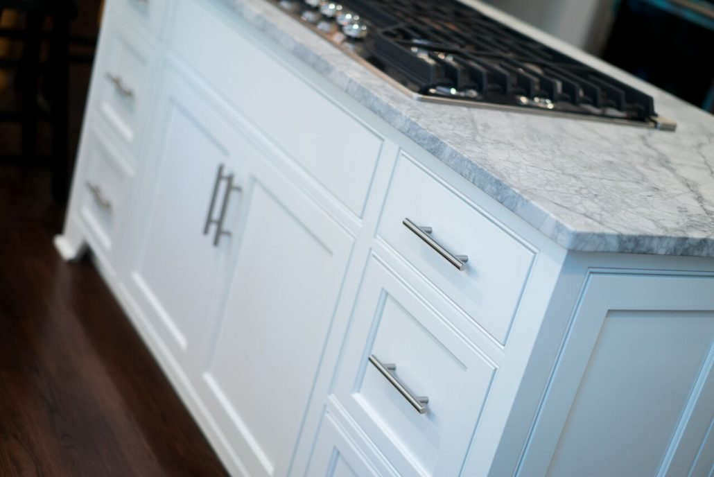 freestanding island in custom kitchen